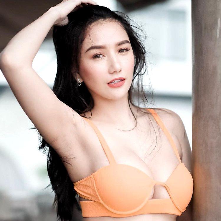 hot filipino woman
